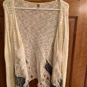 BKE Gimmicks Sweater